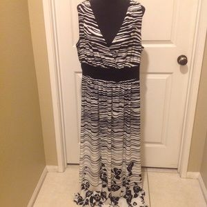 Forever Woman Maxi Dress in good condition